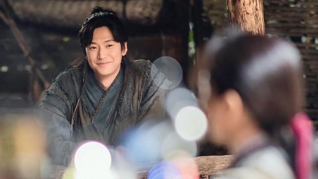 """Ji Soo gặp """"trái đắng"""" vì phốt bạo lực tình dục: Ekip Sông Đón Trăng Lên khởi kiện KeyEast, số tiền bồi thường lên đến 61 tỷ - Ảnh 3."""