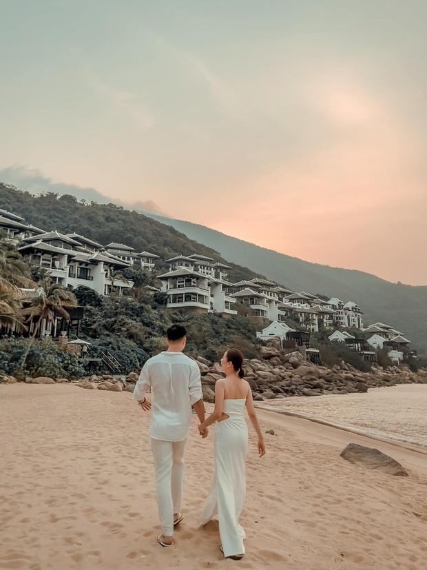 Lệ Quyên đón sinh nhật lãng mạn như lễ cưới, vỡ oà nhắn nhủ lời đặc biệt đến bạn trai kém 12 tuổi Lâm Bảo Châu - Ảnh 4.
