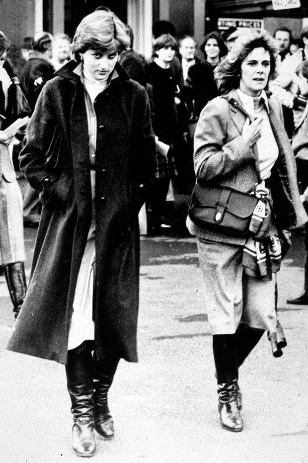 """Những khoảnh khắc hiếm có Công nương Diana chung khung hình cùng bà Camilla – """"kẻ thứ 3"""" gây ám ảnh suốt 15 năm hôn nhân bi kịch - Ảnh 2."""