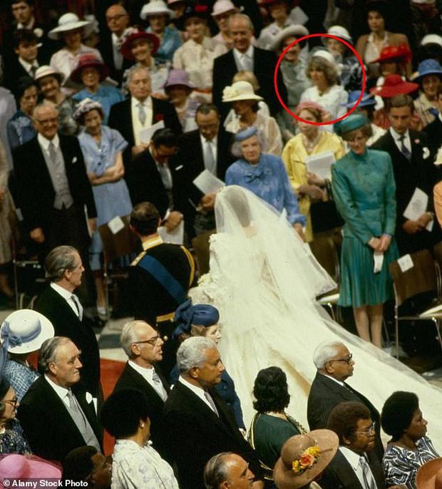 """Những khoảnh khắc hiếm có Công nương Diana chung khung hình cùng bà Camilla – """"kẻ thứ 3"""" gây ám ảnh suốt 15 năm hôn nhân bi kịch - Ảnh 6."""