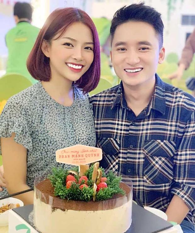 Phan Mạnh Quỳnh bất ngờ thông báo chuẩn bị kết hôn cùng bạn gái kém 4 tuổi sau 5 năm hẹn hò? - Ảnh 4.