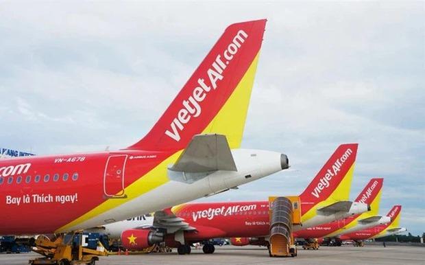Vietjet và Vietnam Airlines nối lại một số đường bay quốc tế từ 1/4, Cục Hàng không kiến nghị 3 giai đoạn mở cửa đường bay quốc tế - Ảnh 2.