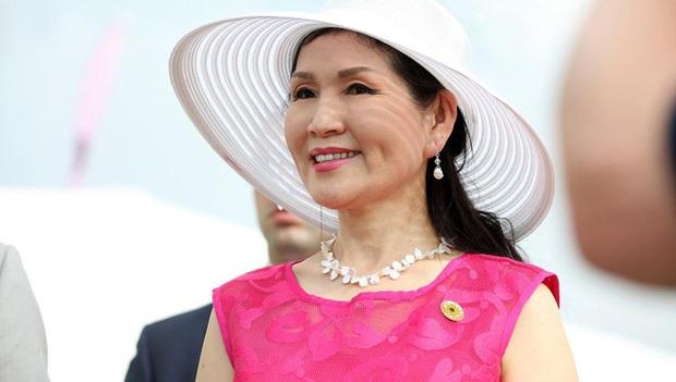 Dành cả đời để theo đuổi giấc mơ Mỹ, mẹ đơn thân gốc Hàn giờ đã là vợ thống đốc kêu gọi người gốc Á đừng im lặng nữa - Ảnh 1.