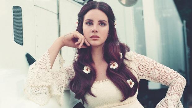 Ai còn nhận ra Lana đeo dây không: Tuột dốc visual trước - sau tăng cân, hãy làm ơn trả lại sầu nữ nước Mỹ năm nào - Ảnh 7.