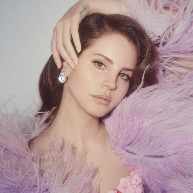 Ai còn nhận ra Lana đeo dây không: Tuột dốc visual trước - sau tăng cân, hãy làm ơn trả lại sầu nữ nước Mỹ năm nào - Ảnh 8.