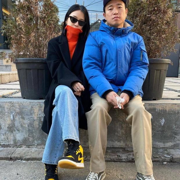 Style thời trang lên hương của bà xã Kang Gary khiến fan khăng khăng đây là idol còn Mực ca chỉ là quản lý! - Ảnh 3.