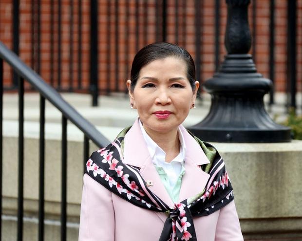 Dành cả đời để theo đuổi giấc mơ Mỹ, mẹ đơn thân gốc Hàn giờ đã là vợ thống đốc kêu gọi người gốc Á đừng im lặng nữa - Ảnh 4.