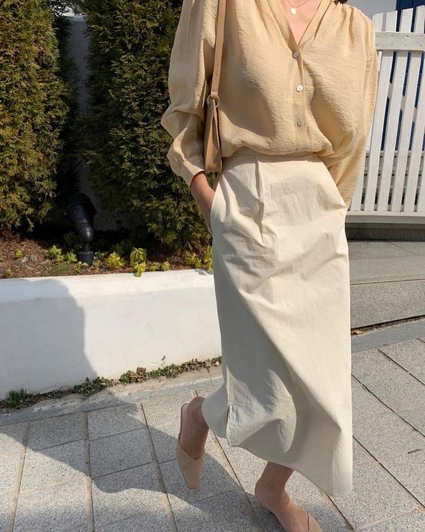 12 cách diện chân váy trắng siêu thanh lịch để các nàng tỏa sáng từ công sở ra phố - Ảnh 7.