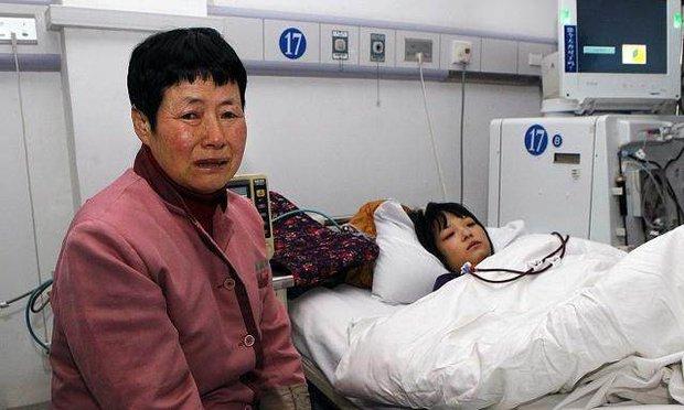 Cô bé 12 tuổi bị suy thận vì nghiện nước ngọt có ga, uống thay nước lọc trong thời gian dài - Ảnh 1.