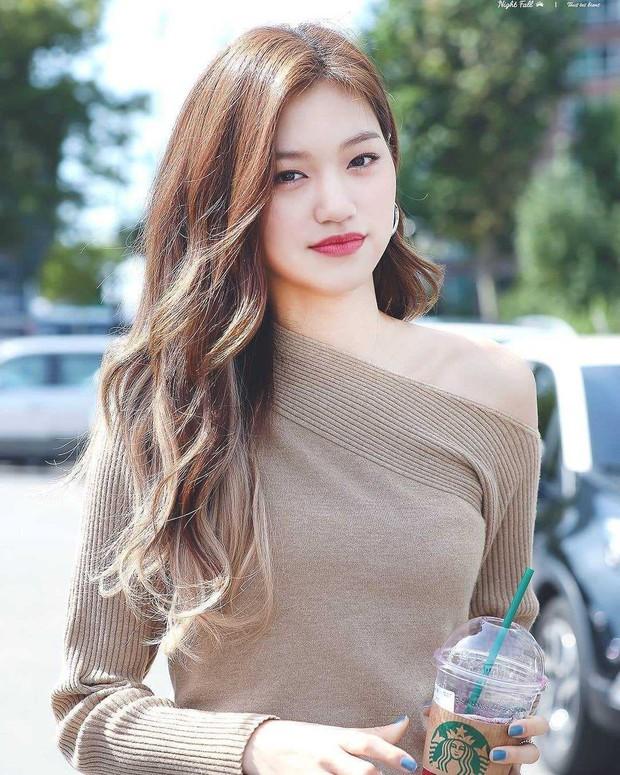 9 idol hiếm hoi được gọi là công chúa băng giá: Chị em Jessica và Irene làm nên khái niệm, nhưng bất ngờ nhất là Jennie - Ảnh 11.