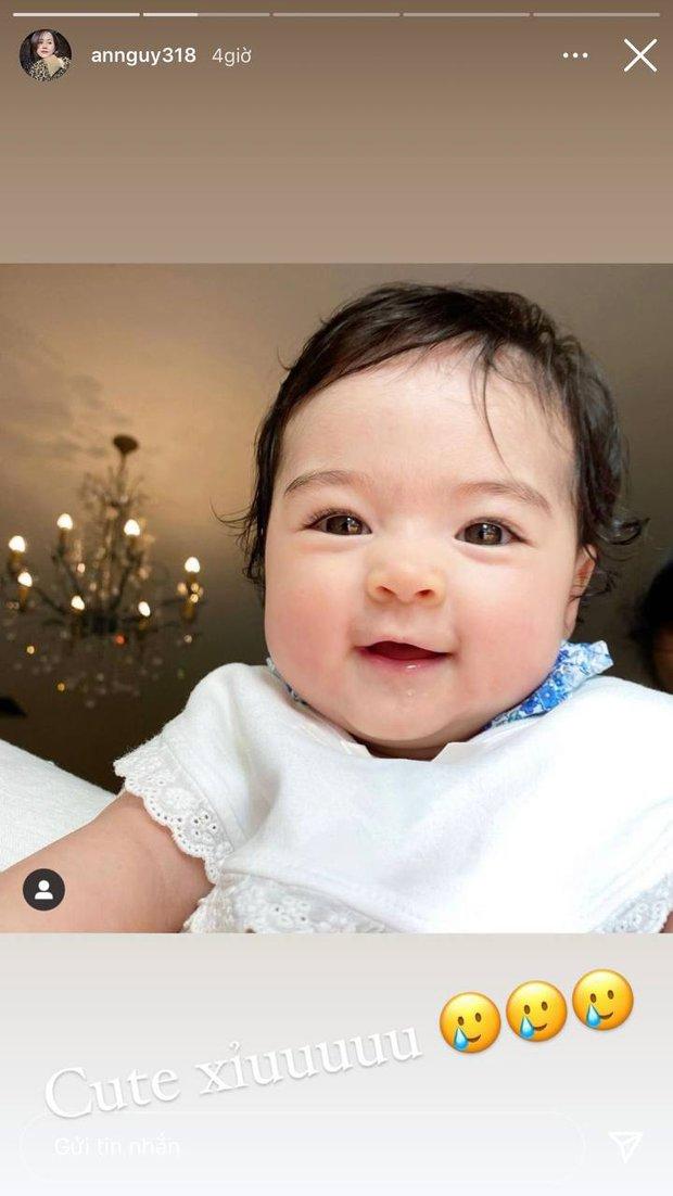 An Nguy xem ảnh em bé nhà người ta thấy cute quá, nhìn sang bé nhà mình cười liền cảm thán: Như một trò đùa! - Ảnh 3.
