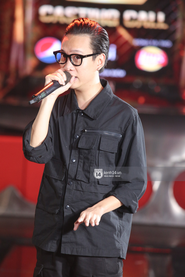 Độc quyền: Bộ 3 giám khảo Touliver, Rhymastic, JustaTee tập trung cao độ tại vòng casting Rap Việt miền Bắc - Ảnh 6.