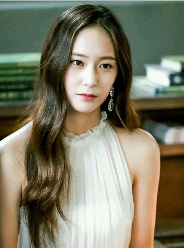 9 idol hiếm hoi được gọi là công chúa băng giá: Chị em Jessica và Irene làm nên khái niệm, nhưng bất ngờ nhất là Jennie - Ảnh 6.