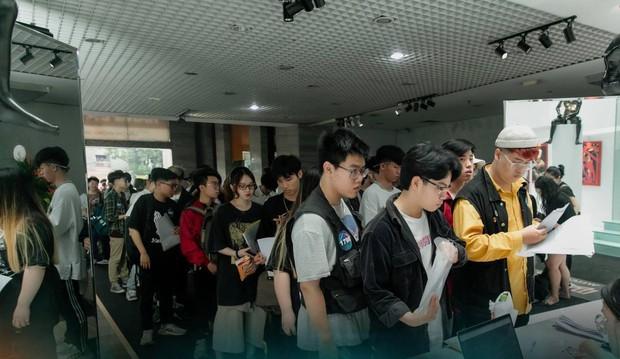 Gái xinh xuất hiện tại casting Rap Việt miền Bắc được xin info tới tấp - Ảnh 1.