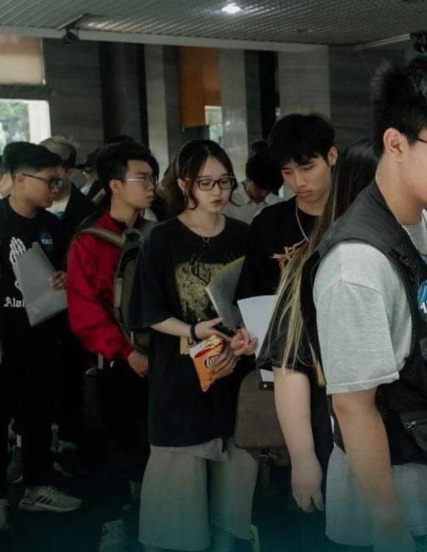 Gái xinh xuất hiện tại casting Rap Việt miền Bắc được xin info tới tấp - Ảnh 2.
