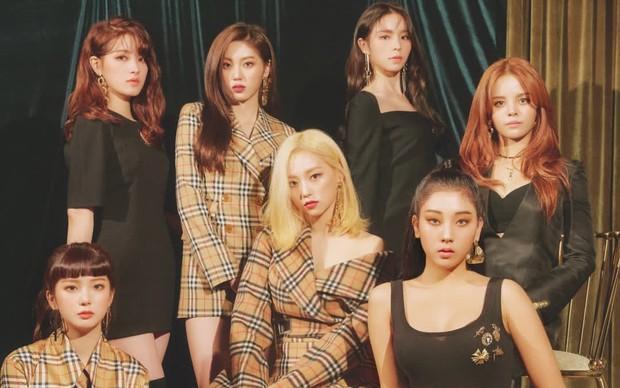 Nữ idol ngoại quốc uất ức rời nhóm vì bị đối xử bất công, chỉ trích công ty bán hit cho IZ*ONE dù nhóm mình đã thu âm xong - Ảnh 6.