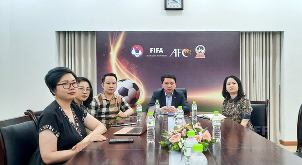 DFL trao đổi kiến thức với VFF, VPF và Next Media - Ảnh 1.