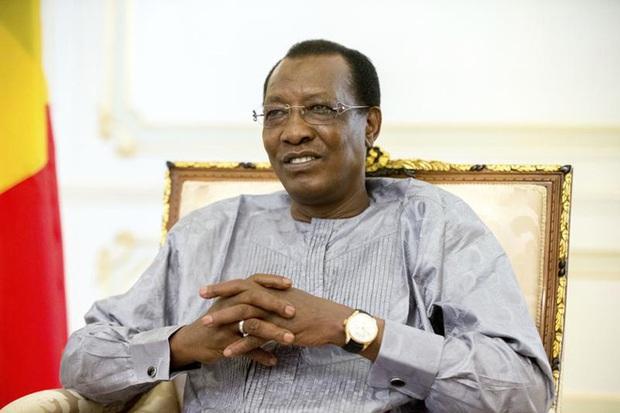 Tổng thống Chad tử nạn trên chiến trường sau khi vừa tái đắc cử... 1 ngày - Ảnh 1.