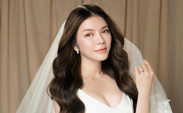 Lý Nhã Kỳ vào chúc mừng nhanh như gió, còn bày tỏ nhìn vợ chồng Phan Mạnh Quỳnh hạnh phúc mà thèm! - Ảnh 5.