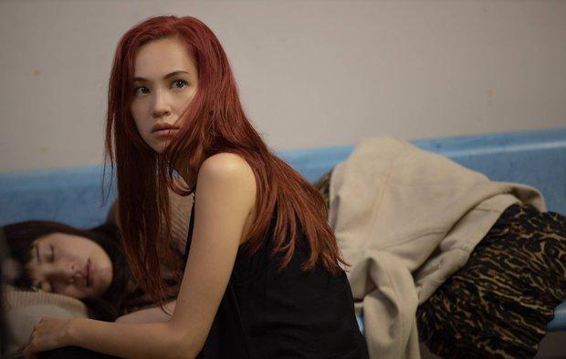 Ride or Die: Phim đồng tính nữ 18+ non tay, lạm dụng cảnh nóng gây sốc - Ảnh 10.