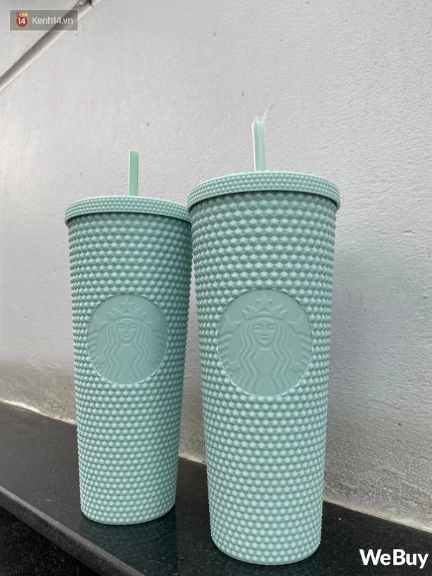 """Nghi vấn nhân viên Starbucks Sài Gòn """"giấu"""" ly hiếm không bán cho khách, bị phản ánh thì fanpage lẳng lặng làm việc này - Ảnh 1."""