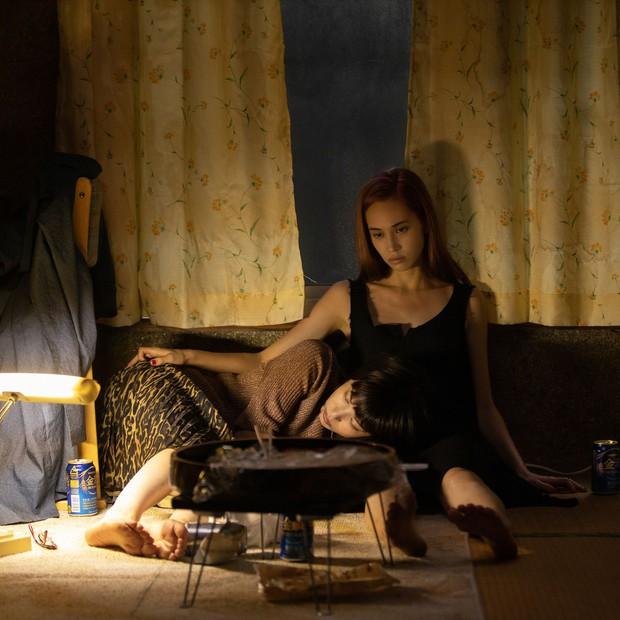 Ride or Die: Phim đồng tính nữ 18+ non tay, lạm dụng cảnh nóng gây sốc - Ảnh 6.