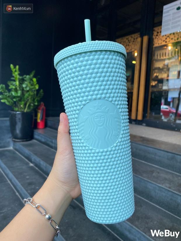 Trên tay cốc Starbucks sầu riêng hot nhất hôm nay: Xem có gì mà dân tình đảo điên từ sáng sớm, chấp nhận mua lại giá gấp 5 - Ảnh 5.