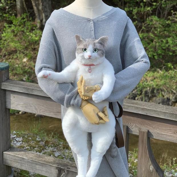 Balo mèo gây lú phá đảo trái tim netizen Nhật, giống thật tới nỗi hội chị em nhìn qua đã muốn xuống tiền mua luôn - Ảnh 6.