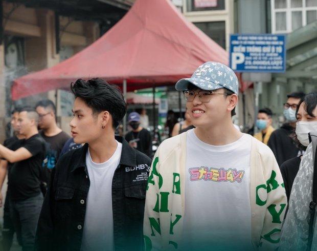 Dàn thí sinh Rap Việt mùa 1 tại casting Rap Việt miền Bắc: Kẻ đến tranh tài, người đi cổ vũ hội anh em - Ảnh 1.