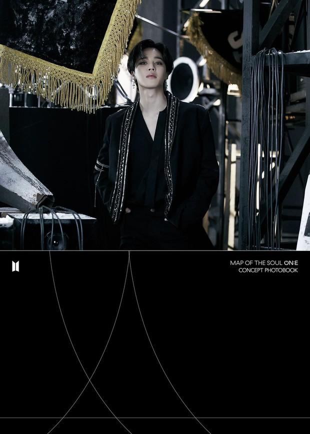 BTS tung một lúc 2 bộ ảnh concept vừa cool ngầu ma mị vừa trong veo, visual cận mặt đẹp ná thở - Ảnh 14.