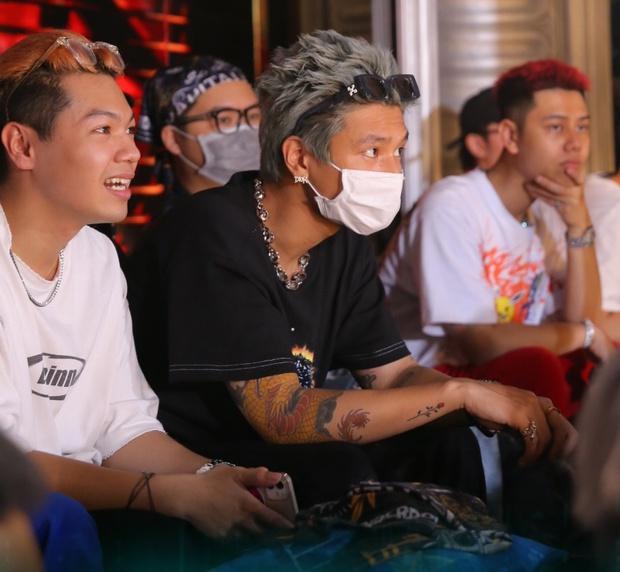 Dàn thí sinh Rap Việt mùa 1 tại casting Rap Việt miền Bắc: Kẻ đến tranh tài, người đi cổ vũ hội anh em - Ảnh 3.