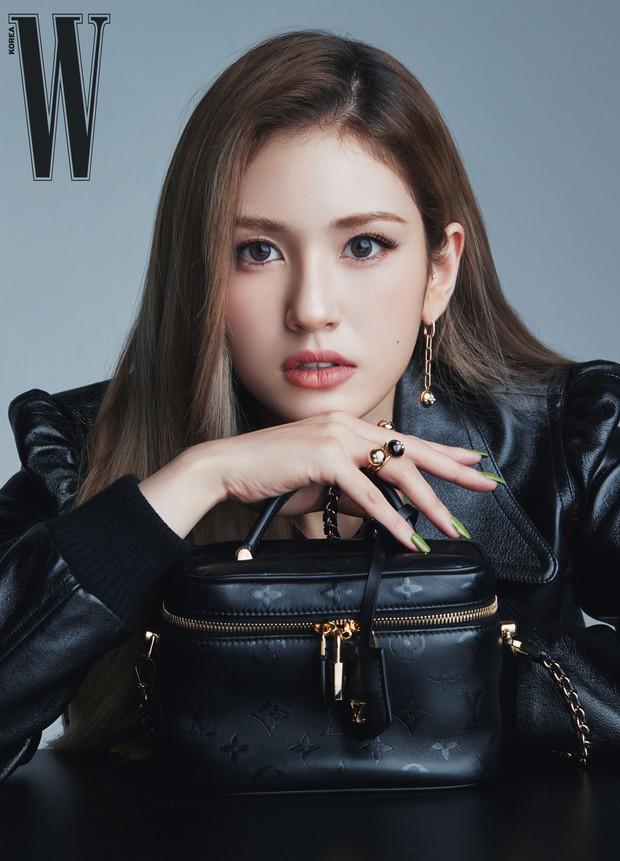 Loạt idol lai đình đám nhất Kpop: Bông hồng lai Somi lột xác cực sexy, nam thần được ví như Leonardo DiCaprio thời trẻ là ai? - Ảnh 3.