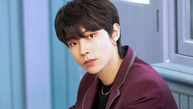 8 nam thần cưa sừng làm nghé ngọt nhất phim Hàn: Nhìn tuổi anh chú Hwang In Yeop với Kim Bum mà sốc xỉu! - Ảnh 1.