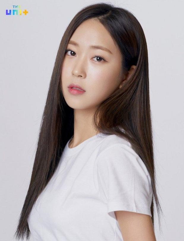 Sắp chạm đến đỉnh vinh quang của sự nghiệp lại đột ngột từ giã ngành giải trí, 5 idol Kpop khiến fan tiếc nuối - Ảnh 16.