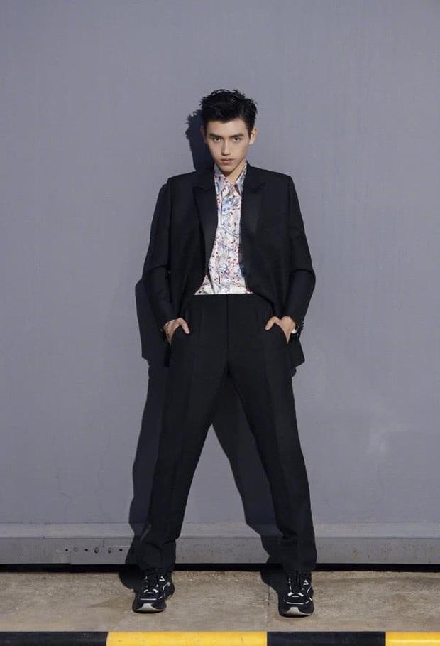 Công chúa Huawei sắp đóng phim với Thái tử Cbiz Trần Phi Vũ, tổ hợp hoàng gia khiến ai nấy choáng váng? - Ảnh 2.