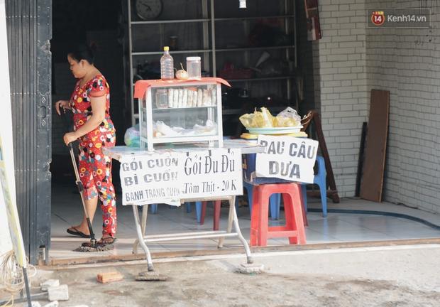 """Dân Sài Gòn kêu trời vì con đường """"đau khổ"""" làm 3 năm chưa xong: Nắng thì bụi mịt mù, mưa thì lầy lội ao nước! - Ảnh 7."""