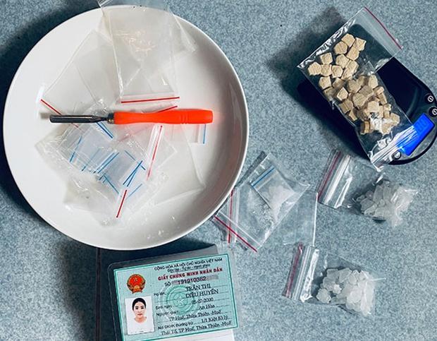 Hot girl mở quán bún bò Huế để bán ma túy - Ảnh 2.