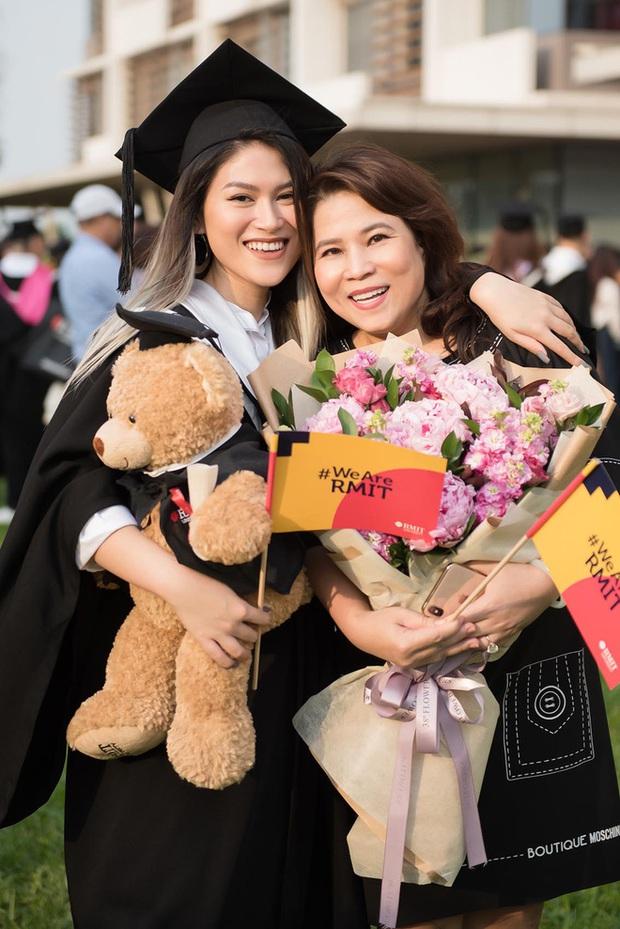 Rich kid Việt tiền đồ chất núi nhưng vẫn dấn thân showbiz, có thành tích học tập đáng nể, tốt nghiệp loại giỏi RMIT - Ảnh 1.