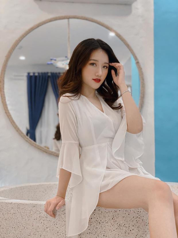 Chiêm ngưỡng nhan sắc rạng ngời của Linh Nắng - Nữ MC giải đấu VALORANT đang khiến cộng đồng ráo riết tìm info - Ảnh 5.