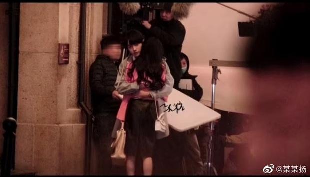 Fan chán ngán vì Dương Mịch - Hứa Khải diễn chẳng ra couple ở phim mới, có cảnh còn fail đến sượng trân - Ảnh 10.