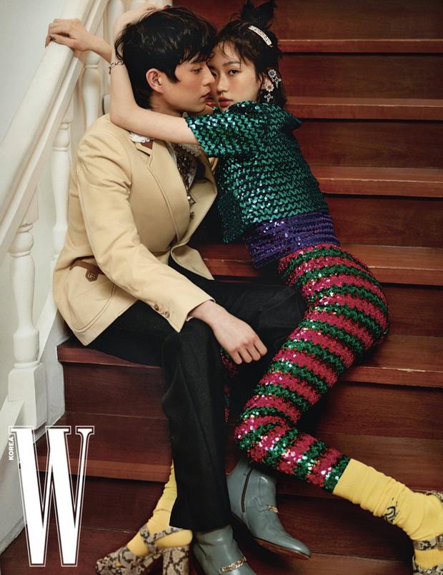 """Full không che ảnh tạp chí cặp đôi hot nhất Penthouse: Tình tứ như sắp hôn đến nơi, anh em """"bung xoã"""" thành tình nhân hay gì? - Ảnh 3."""