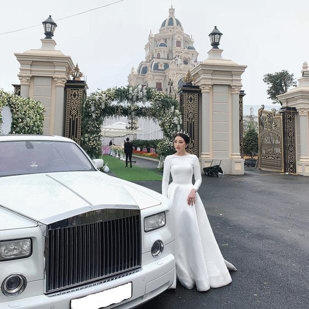 """Rolls-Royce đã tạo nét trên """"đường đua"""" đẳng cấp của hội con nhà giàu Việt như thế nào? - Ảnh 15."""