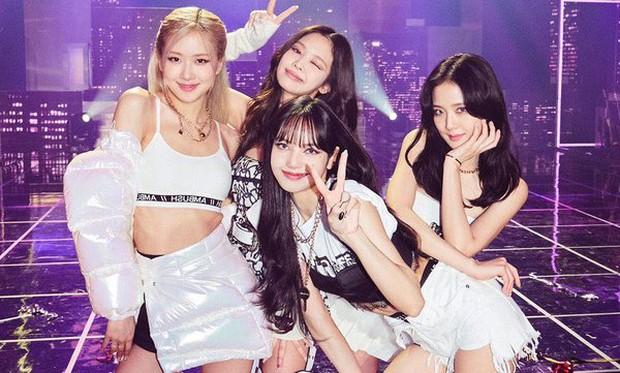 Top idol nữ kỹ năng tệ được vớt vát nhờ visual: TWICE, Red Velvet góp mặt nhưng Jisoo (BLACKPINK) mới gây tranh cãi gay gắt - Ảnh 1.