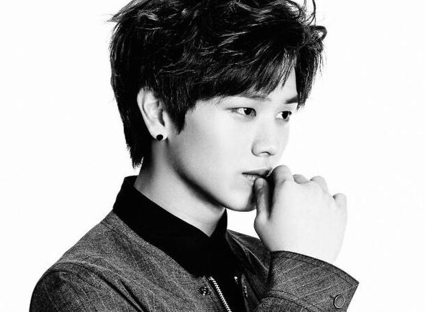 Netizen đang bàn xem 3 anh chàng BTS ai có góc nghiêng thần thánh hơn thì nam idol có sống mũi cứa đứt tay chiếm sóng tất cả - Ảnh 24.