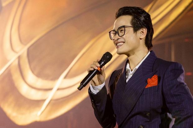 Hà Anh Tuấn trích 500 triệu tiền vé từ Veston Concert để ủng hộ quỹ vắc xin COVID-19 - Ảnh 1.
