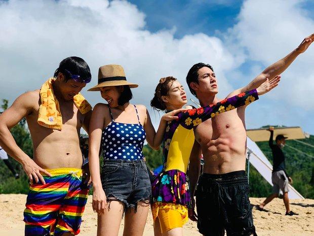 Trương Thế Vinh - Thúy Ngân tạo dáng thân mật, fan lại được dịp đẩy thuyền cho Running Man Việt - Ảnh 1.
