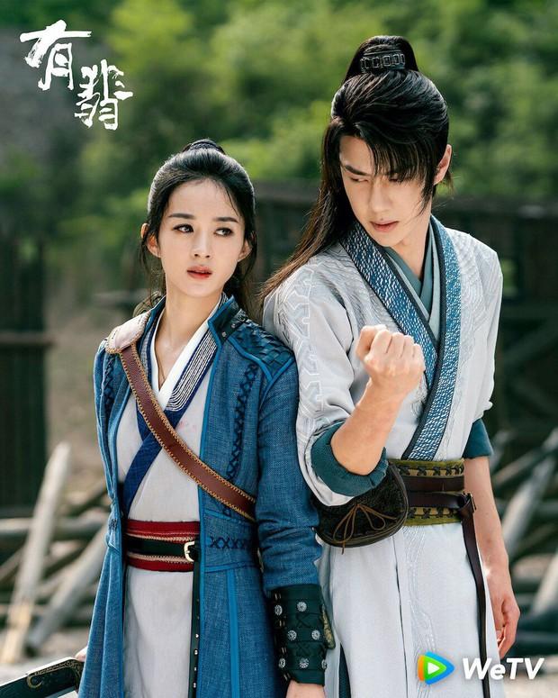 Khẩu chiến căng đét hôm nay: Fan Triệu Lệ Dĩnh - Vương Nhất Bác xâu xé nhau trên Weibo, Dương Mịch cũng bị réo tên - Ảnh 3.
