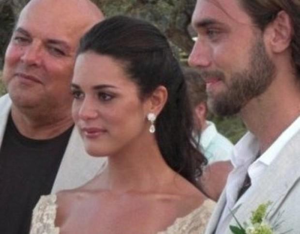 Chứng kiến cảnh cha mẹ bị giết chết, con gái nhỏ của Hoa hậu Venezuela may mắn sống sót có cuộc sống gây kinh ngạc sau 7 năm - Ảnh 3.
