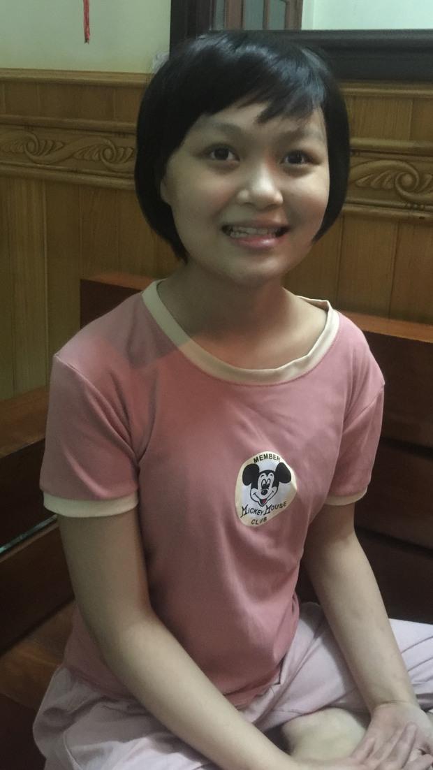 Cô bé 14 tuổi mất đi đôi mắt vì căn bệnh u não: Em ước một ngày lại được nhìn thấy ánh sáng mặt trời - Ảnh 2.