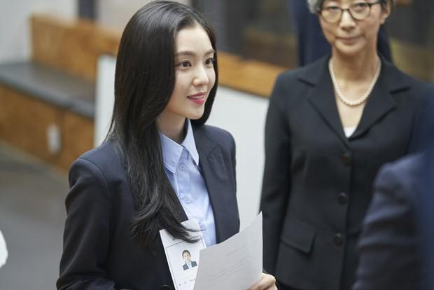Nhân Đôi Tình Yêu: Không phải Irene cứ xinh là được việc - Ảnh 6.